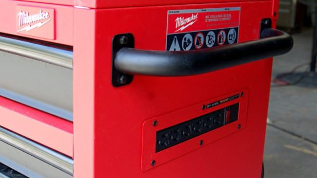 Milwaukee 46 Inch Tool Cabinet 48-22-8520 Power Strip