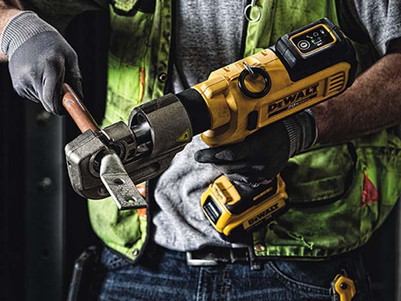 Dewalt 20v Max Threaded Rod Cutter Plus 4 More Tools
