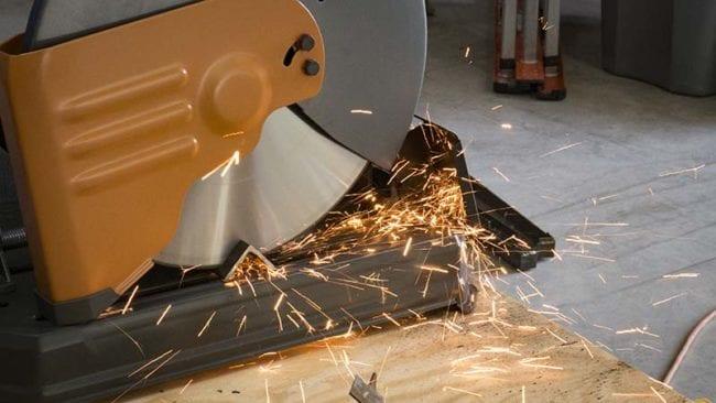 Milwaukee 14-Inch Steelhead Diamond Cut Off Saw Blade - Action 2