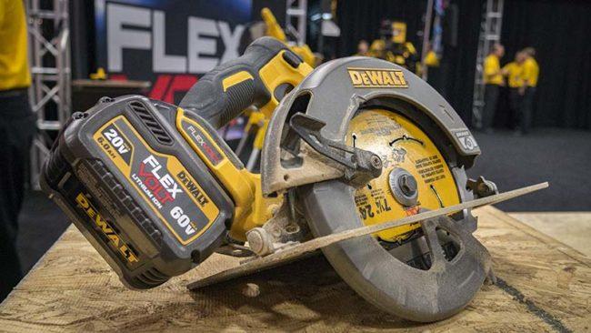 Dewalt FlexVolt 60V Max Circular Saw