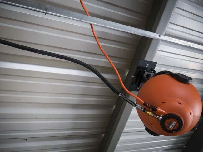RoboReel air hose inlet