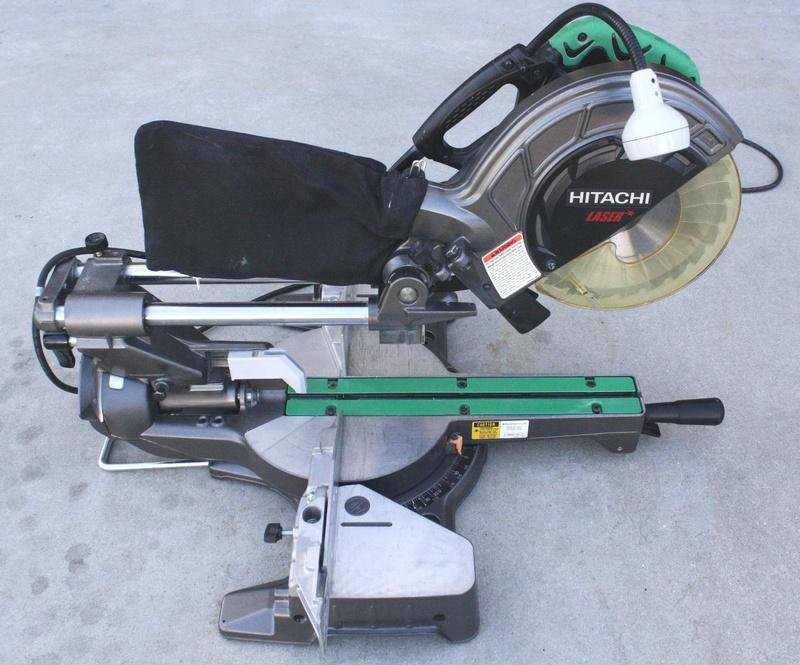Hitachi C8fshe 8 1 2 Sliding Compound Miter Saw Review